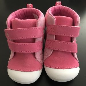 Stride Rite Soft Motion toddler shoes sz 5.5